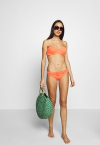 Seafolly - HIPSTER WITH PINTUCKED BELT - Bikini bottoms - melon - 1