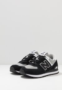 New Balance - ML574 - Sneakers - black/white - 2
