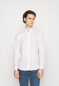 Jack & Jones - JETHOMAS - Shirt - white - 0