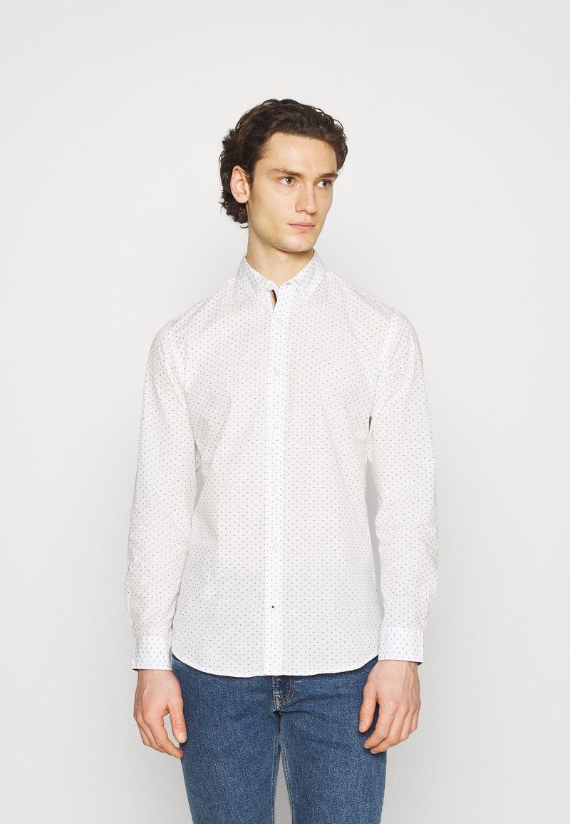 Jack & Jones - JETHOMAS - Shirt - white