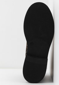MJUS - Kotníkové boty na platformě - sella - 6