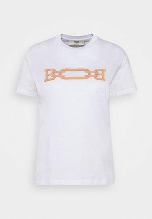 MACHINE WASHABLE PATCH TEE - T-Shirt print - white