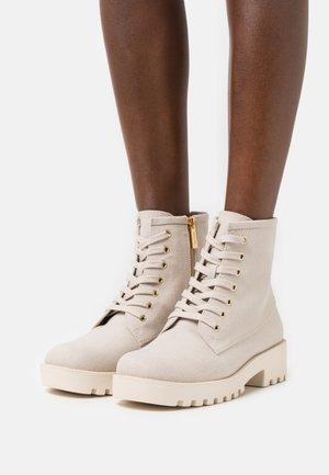 JAX BOOTIE - Lace-up ankle boots - light sand