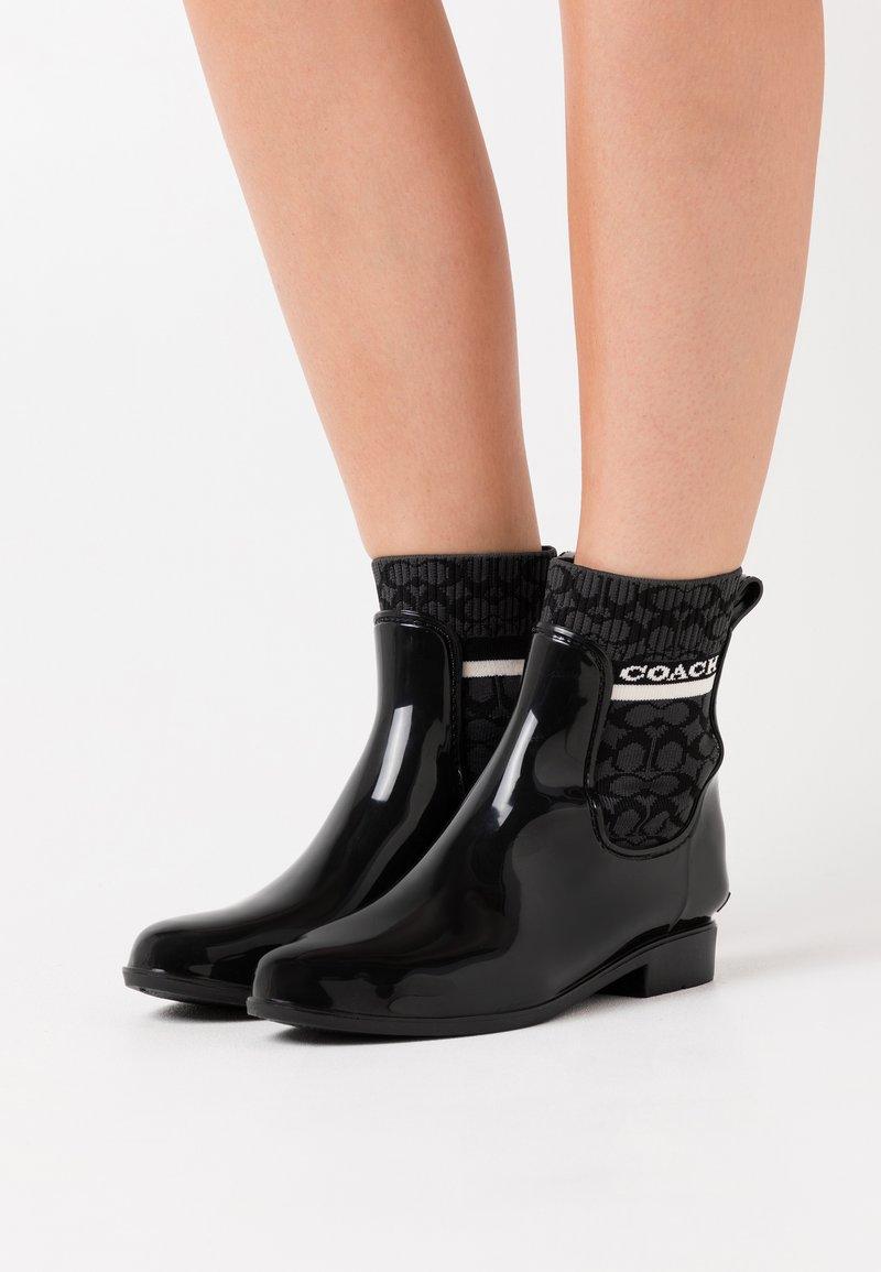 Coach - RIVINGTON RAIN BOOTIE - Wellies - black