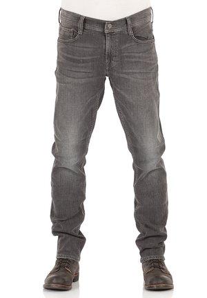 OREGON - Slim fit jeans - used black denim