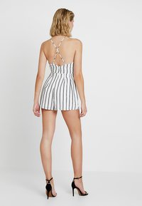 Missguided - CAMI WRAP - Jumpsuit - white - 2