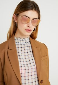 Michael Kors - Sunglasses - rose gold-coloured - 1