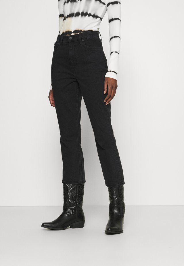 CURVE LOVE KICK FLARE - Jeans a zampa - black