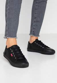 Levi's® - MALIBU BEACH - Trainers - regular black - 0