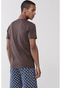 Mey - T-SHIRT SERIE DRY COTTON COLOUR - Undershirt - mocca - 1