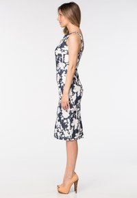 Diyas London - ADELANE - Shift dress - flower print - 3