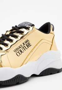 Versace Jeans Couture - Baskets basses - gold - 3