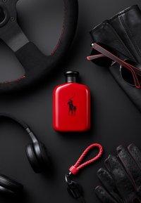 Ralph Lauren Fragrance - POLO RED EAU DE TOILETTE VAPO - Eau de Toilette - - - 4