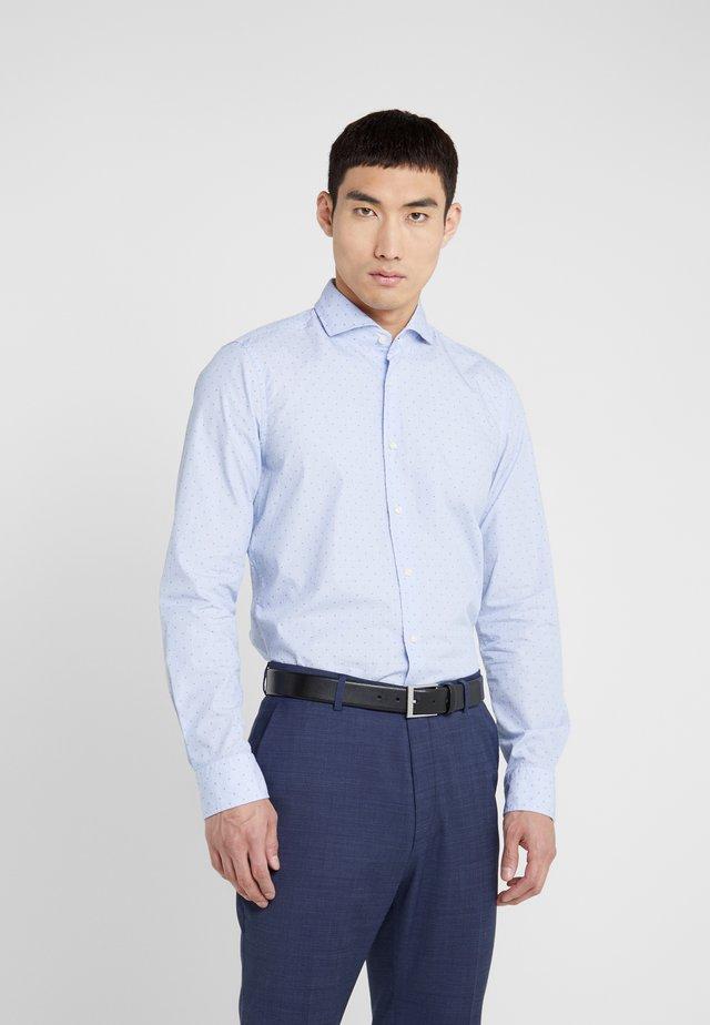 PAJOS SLIM FIT - Formální košile - light blue