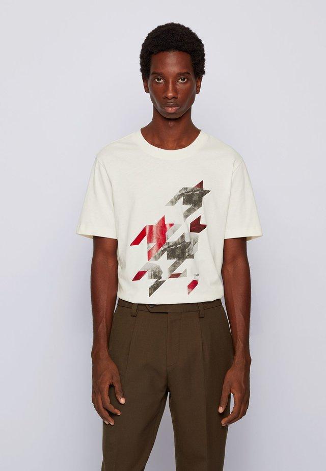 TESSLER 154 - T-shirt con stampa - natural