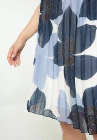 Paprika - Day dress - marine - 4