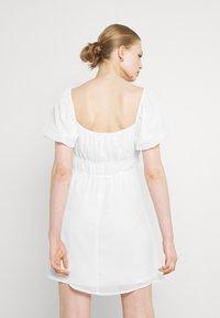 Nly by Nelly - MAKE IT HAPPEN DRESS - Kjole - white - 2