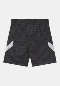 Nike Performance - STRIKE - Sports shorts - black/anthracite/white - 1