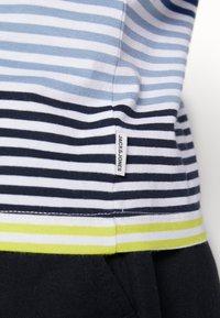 Jack & Jones - JCOARAF TEE CREW NECK - Camiseta estampada - sulphur spring - 5