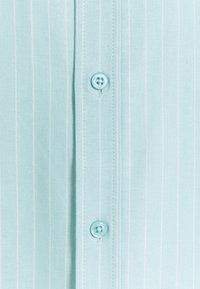 Newport Bay Sailing Club - CORE STRIPE SHIRT - Košile - pale blue - 6