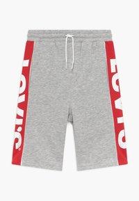 Levi's® - LOGO - Pantalon de survêtement - light grey heather - 0