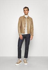 Theory - PATTERSON LEATHER OVERSHIRT - Leather jacket - bark - 1