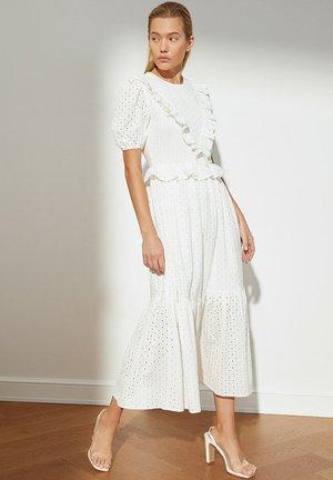 PARENT - Day dress - white