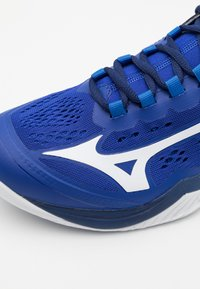 Mizuno - WAVE CLAW NEO - Multicourt tennis shoes - reflex blue/white - 5