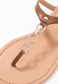 New Look Wide Fit - WIDE FIT HOXTON - Flip Flops - tan - 2