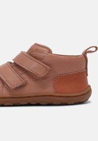 Bisgaard - GERLE UNISEX - Baby shoes - nude - 4