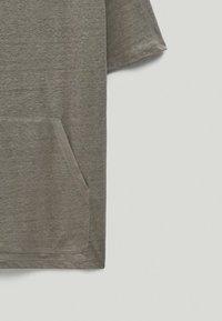 Massimo Dutti - Basic T-shirt - grey - 6