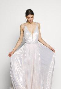Luxuar Fashion - Abito da sera - champagner metallic - 4