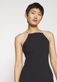 Calvin Klein Jeans - LOGO TRIM TANK DRESS - Vestito di maglina - black - 4