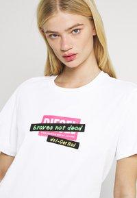 Diesel - DARIA - Print T-shirt - white - 3