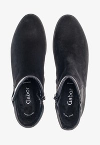 Gabor - CHELSEA - Ankle boots - schwarz - 0