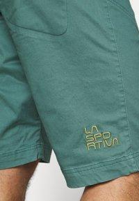 La Sportiva - FLATANGER SHORT - Sportovní kraťasy - pine/kiwi - 4