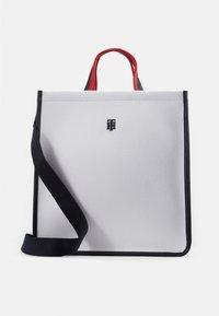 Tommy Hilfiger - BINDING TOTE - Handbag - white - 1