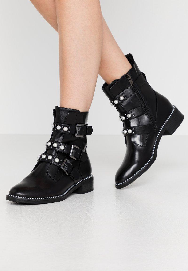 Tamaris - WOMS BOOTS - Cowboy/biker ankle boot - black