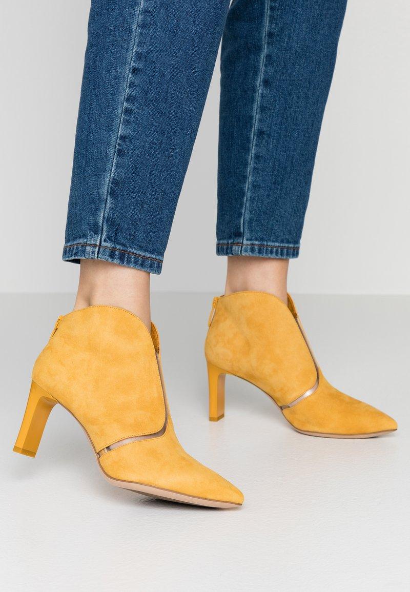 Tamaris - Boots à talons - safron