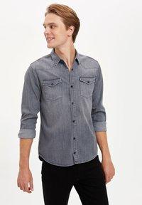DeFacto - Overhemd - grey - 3