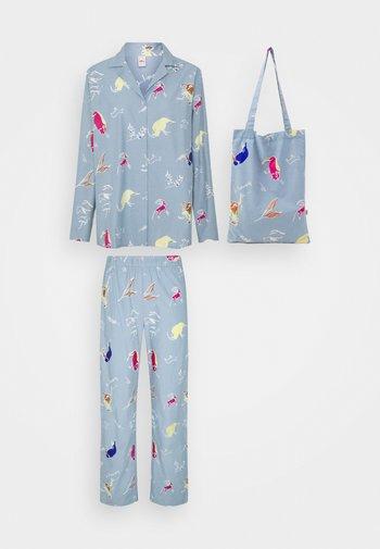 CHUMANA - Pyjamas - plein air
