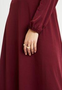 Wallis Tall - HIGH NECK KEYHOLE DRESS - Sukienka z dżerseju - purple - 7