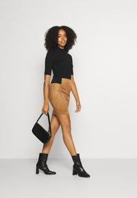 Vero Moda - VMCAVA SKIRT - Mini skirt - tobacco brown - 1
