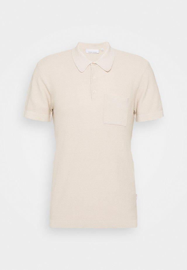 KLAUS TEE - Poloshirt - light sand