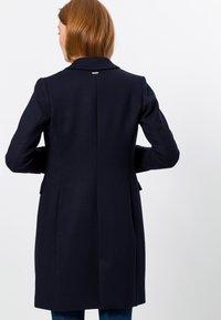 zero - MIT KLAPPENTASCHEN - Short coat - dark blue - 2