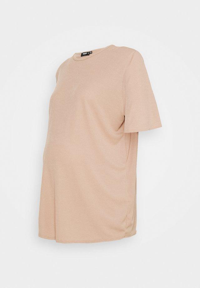 MATERNITY SHOULDER PAD TEE - Basic T-shirt - brown