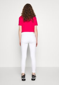 Tommy Jeans - NORA ANKLE ZIP - Jeans Skinny Fit - candle white - 2