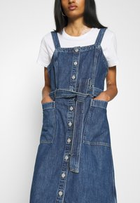 Levi's® - CALLA DRESS - Denim dress - out of the blue - 5