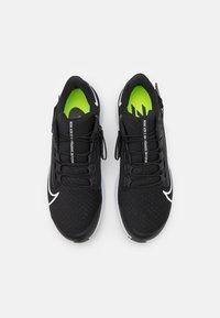 Nike Performance - AIR ZOOM PEGASUS 38 FLYEASE - Neutrala löparskor - black/white/anthracite/volt - 3