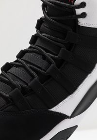 Jordan - MAX AURA - Sneakers high - white/infrared/black - 5